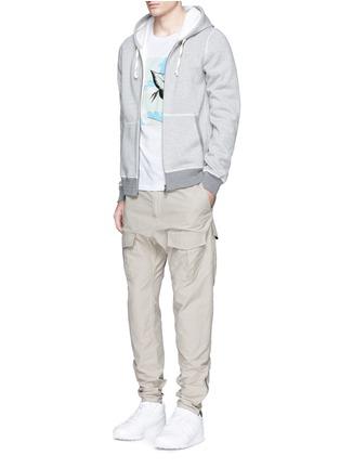模特儿示范图 - 点击放大 - rag & bone - 叶纹印花纯棉T恤