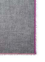 天鹅绒镶边羊毛混羊绒围巾