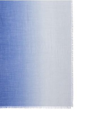 细节 - 点击放大 - FRANCO FERRARI - 渐变色须边羊绒围巾