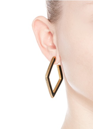 Figure View - Click To Enlarge - Kenneth Jay Lane - Enamel inlay rhombus frame hoop earrings