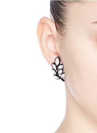 Figure View - Click To Enlarge - Kenneth Jay Lane - Crystal leaf earring