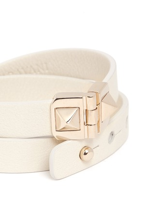 Detail View - Click To Enlarge - Valentino - 'Rockstud' double wrap hinge leather bracelet