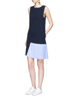 Comme Moi Pleated panel crepe sleeveless dress