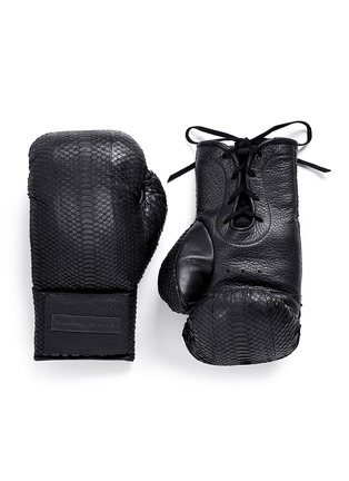 Main View - Click To Enlarge - Elisabeth Weinstock - 'Manila' water snake leather boxing gloves