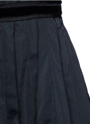 Detail View - Click To Enlarge - Marc Jacobs - Velvet waist tie faille dress