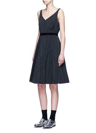 Figure View - Click To Enlarge - Marc Jacobs - Velvet waist tie faille dress