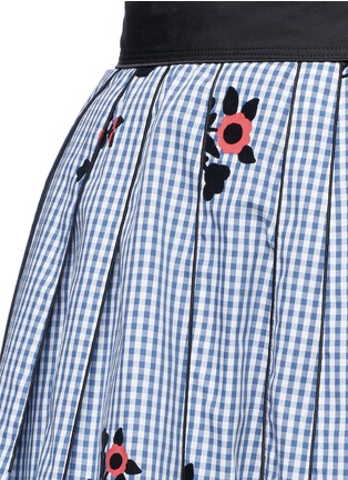 Detail View - Click To Enlarge - Marc Jacobs - Floral gingham print flared skirt