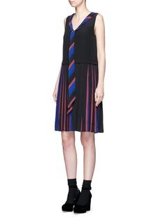 Marc JacobsStripe pleat silk V-neck shift dress