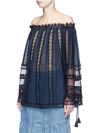 Front View - Click To Enlarge - Chloé - Embroidered trim off-shoulder top