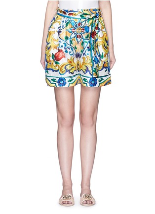 Main View - Click To Enlarge - Dolce & Gabbana - Belted maiolica print silk shorts