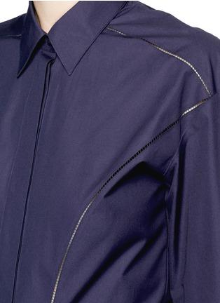 Detail View - Click To Enlarge - Alaïa - Ladder stitch cotton poplin tiered shirt dress
