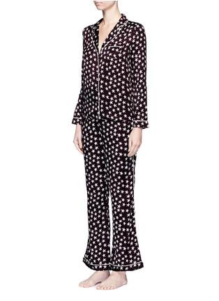 Front View - Click To Enlarge - Love Stories - 'Julian' star print satin pyjama pants