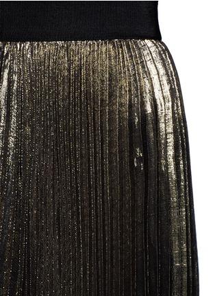 Detail View - Click To Enlarge - alice + olivia - 'Katz' metallic plissé pleat maxi skirt