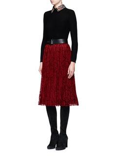alice + olivia'Mikaela' floral lace pleatd midi skirt