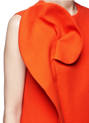 Detail View - Click To Enlarge - DELPOZO - Floral pin fold textured dress