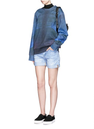 Figure View - Click To Enlarge - COCURATA - Paint splatter rolled denim shorts