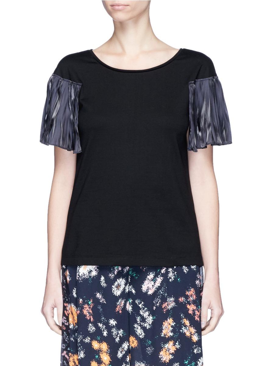Pearl charmeuse cape sleeve T-shirt by Rhié