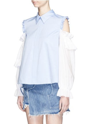Front View - Click To Enlarge - Sandy Liang - 'Flipper' tiered ruffle sleeve cold shoulder shirt