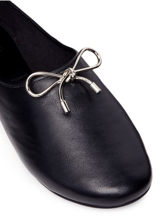 Detail View - Click To Enlarge - Pedder Red - Metal bow kid leather ballerina flats