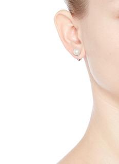 Kenneth Jay LaneSmall glass pearl clip earrings