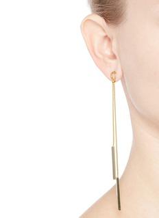 Kenneth Jay LaneBar snake chain drop earrings