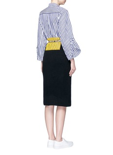 TOGA ARCHIVES Snakeskin print belt wool knit skirt