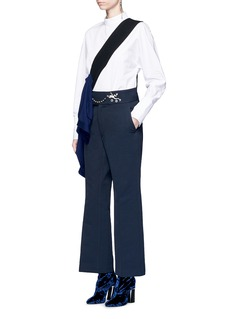 TOGA ARCHIVES Frog embellished waist twill pants