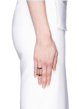 模特儿示范图 - 点击放大 - ERICKSON BEAMON - 多彩仿水晶双圈戒指