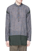 Camouflage print contrast hem chambray shirt
