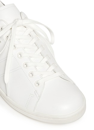 Detail View - Click To Enlarge - Isabel Marant Étoile - 'Bart' contrast collar leather sneakers