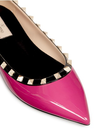 Detail View - Click To Enlarge - Valentino - 'Rockstud' colourblock patent leather skimmer flats