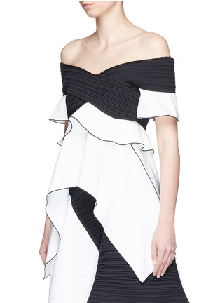 Figure View - Click To Enlarge - Proenza Schouler - Off-shoulder pleated ruffled crepe top