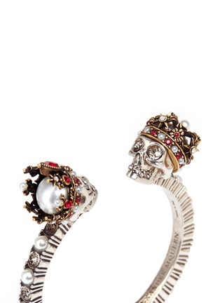Detail View - Click To Enlarge - Alexander McQueen - King and Queen skull Swarovski crystal cuff