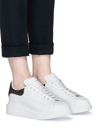 Figure View - Click To Enlarge - Alexander McQueen - Chunky outsole suede collar leather sneakers