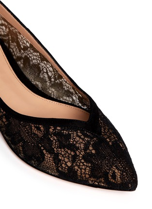 Detail View - Click To Enlarge - Gianvito Rossi - Suede trim lace skimmer flats