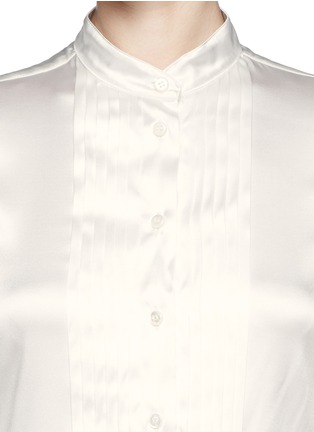 Detail View - Click To Enlarge - Armani Collezioni - Pleat bib charmeuse blouse