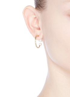 Sophie Bille Brahe 'Petite Boucle Kelly' pearl 14k gold hoop earrings