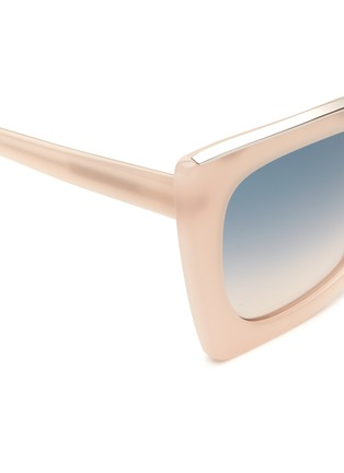 Detail View - Click To Enlarge - NO.21 - Oversized metal brow cat eye gradient sunglasses