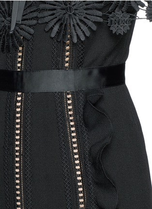 Detail View - Click To Enlarge - self-portrait - 'Hinkley' lace cape ruffled crepe dress