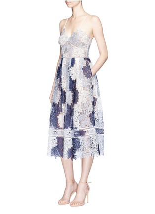 Figure View - Click To Enlarge - self-portrait - 'Camellia' colourblock leaf guipure lace dress
