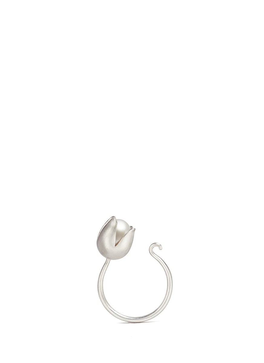 Flora 18k white gold plated freshwater pearl ring by Obellery