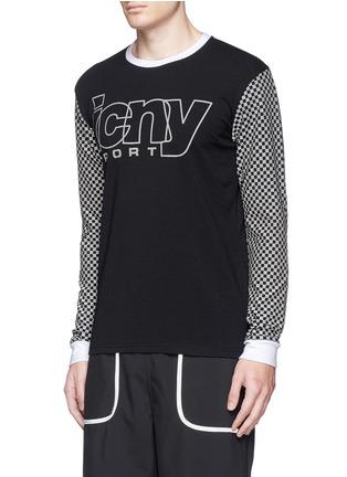 正面 -点击放大 - ICNY - 方格及品牌标志反光图案卫衣
