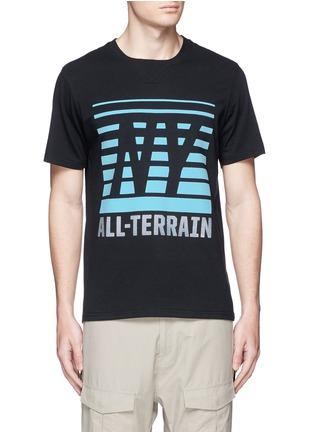 首图 - 点击放大 - ICNY - 反光条纹及字母图案混棉T恤