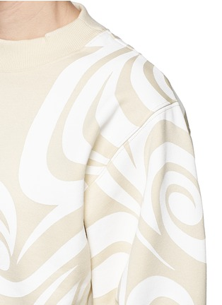 Detail View - Click To Enlarge - Acne Studios - 'Bird Allover' spiral print cropped sweatshirt