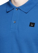 'Kolby' face patch polo shirt