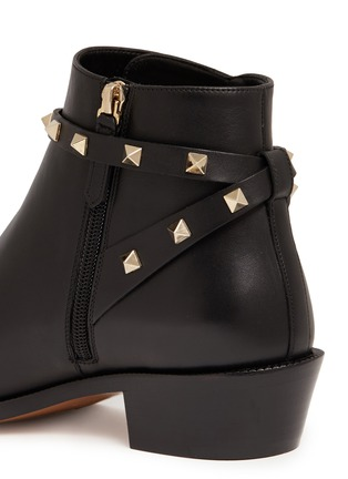 Detail View - Click To Enlarge - Valentino - 'Rockstud' strap leather ankle boots