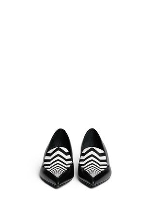 模特儿示范图 - 点击放大 - NICHOLAS KIRKWOOD - 真皮尖头平底鞋