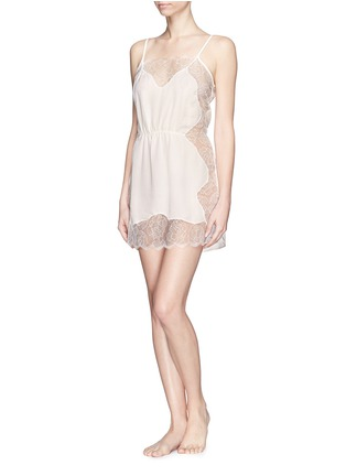 模特儿示范图 - 点击放大 - FLEUR DU MAL - Rose Lace' lace silk georgette slip
