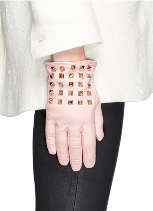 Figure View - Click To Enlarge - Valentino - 'Rockstud' leather gloves