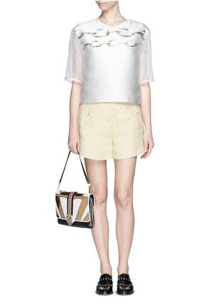 模特儿示范图 - 点击放大 - MONCLER GAMME ROUGE - 金属色链条图案拼接上衣